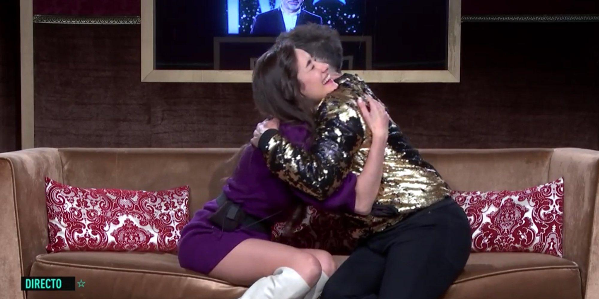"""El efusivo encuentro entre Adara y Maestro Joao en 'GH VIP 7': """"Piensa solo en ti"""""""