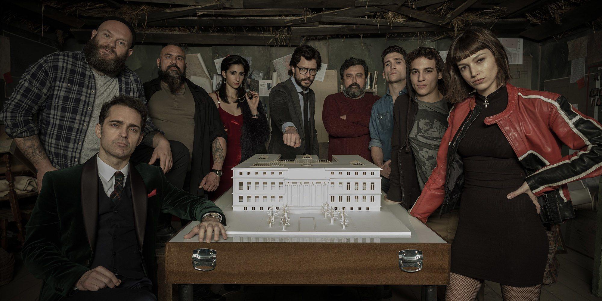 De 'Isabel' a 'La casa de papel': Las 10 mejores series españolas de la década