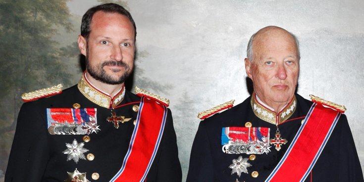 Haakon de Noruega toma las riendas de la Familia Real Noruega ante la enfermedad del Rey Harald