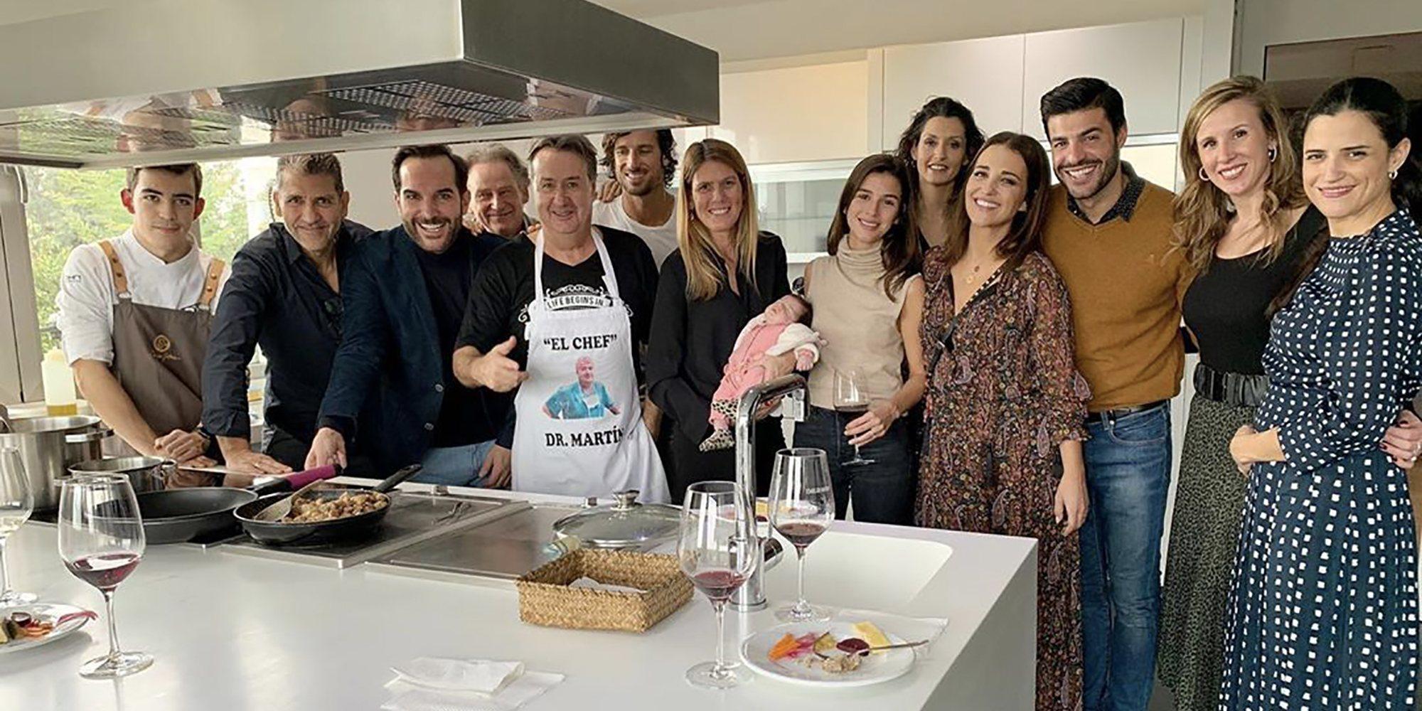 Paula Echevarría y Miguel Torres se van de cena navideña con Feliciano López y Sandra Gago