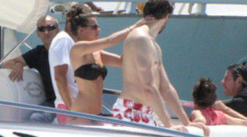 Pau Gasol y Silvia López se relajan de vacaciones en Ibiza