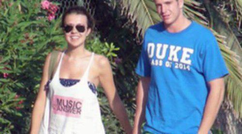 Álex Lecquio, hijo de Ana Obregón, y la chica Disney Andrea Guasch, románticas vacaciones en Ibiza