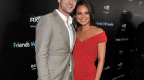 Justin Timberlake y Mila Kunis, cómplices y cariñosos en la premiere de 'Friends with benefits' en Nueva York