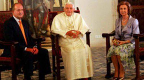 La Familia Real Española se prepara para recibir al Papa Benedicto XVI con motivo de la JMJ 2011