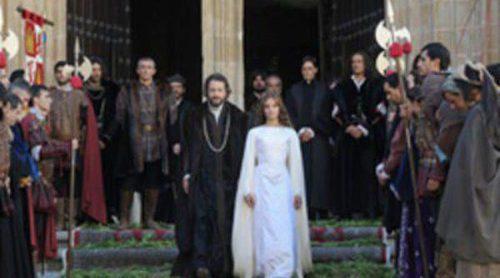 Michelle Jenner rueda en Cáceres la serie 'Isabel', que se emitirá en La 1 en enero