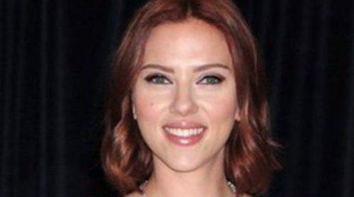Scarlett Johansson olvida sus fotos desnuda junto a Bradley Cooper y Kieran Culkin