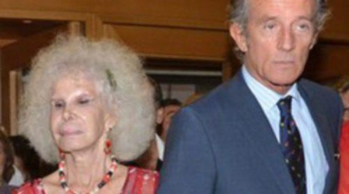La Duquesa de Alba y Alfonso Díez acuden al concierto benéfico de Montserrat Caballé en Sevilla