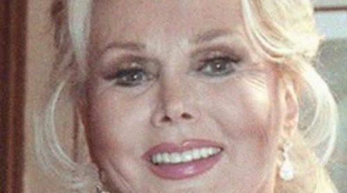 Zsa Zsa Gabor, hospitalizada en estado grave a consecuencia de una hemorragia en el estómago