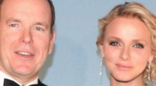 Los Príncipes Alberto y Charlene de Mónaco presiden los premios de la Fundación Princesa Grace