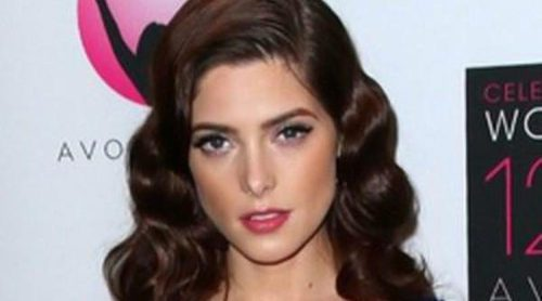 Ashley Greene, Fergie, Delta Goodrem y Teri Hatcher brillan en los Premios de la Fundación Avon
