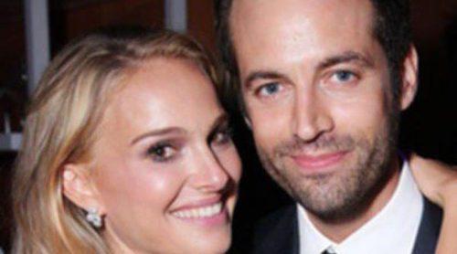 Natalie Portman estrena su nuevo look junto a Benjamin Millepied, Robert Pattinson y Dita Von Teese