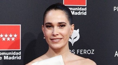 El topless de Celia Freijeiro en la alfombra roja de los Feroz 2020 por culpa de su vestido