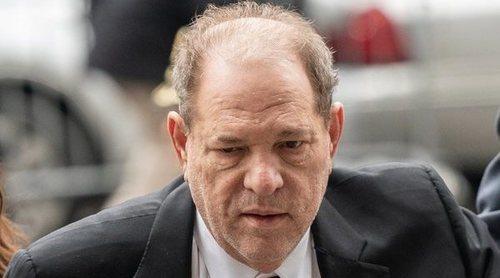 Harvey Weinstein utilizaba su buena relación con los Clinton para intimidar a sus víctimas