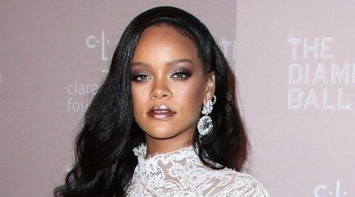 Rihanna hace un llamamiento a la unidad: 'Solo podemos arreglar este mundo si nos unimos'