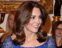 La gran noche de Kate Middleton en la celebración del aniversario de Place2be con el apoyo de la Reina Isabel