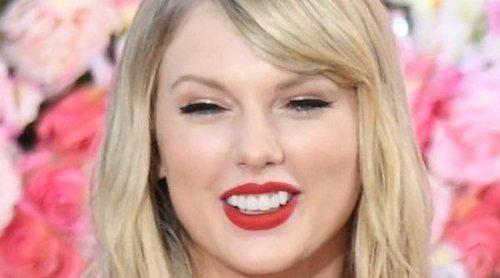 Taylor Swift y Ariana Grande dan dinero a los fans que tienen problemas financieros a raíz del coronavirus
