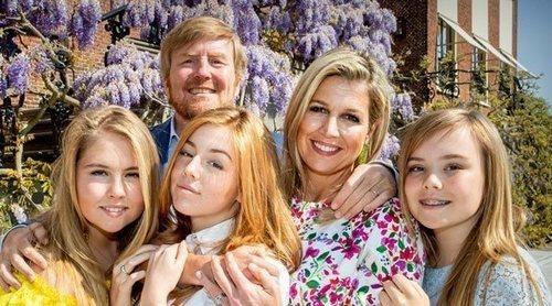 Con sus hijas y su mujer: Así ha sido la celebración confinada del cumpleaños del Rey Guillermo de Holanda