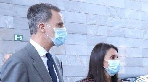 El primer acto juntos de los Reyes Felipe y Letizia tras el confinamiento por el coronavirus