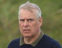 El Príncipe Andrés, fuera de su cargo en la Casa Real británica tras el escándalo del caso Epstein