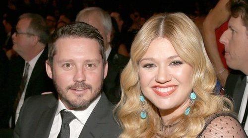 Kelly Clarkson y Brandon Blackstock se divorcian tras casi 7 años de matrimonio y 2 hijos en común