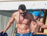 Jesús Vázquez disfruta de sus vacaciones en alta mar antes de estrenarse en 'Mujeres, Hombres y Viceversa'