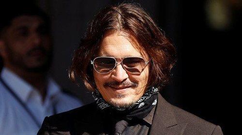 Amber Heard asegura que Johnny Depp tiró por las escaleras a Kate Moss