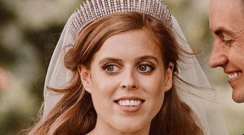 Beatriz de York cambió su vestido de novia en el último momento y pidió ayuda a su abuela la Reina Isabel