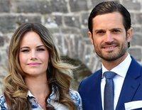 La gran aventura patriótica de Carlos Felipe de Suecia y Sofia Hellqvist con sus hijos Alejandro y Gabriel