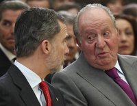 """La reunión del Rey Juan Carlos con el Rey Felipe antes de su marcha de España: """"Para que estés tranquilo, me voy"""""""