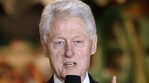 Salen a la luz unas íntimas fotos de Bill Clinton recibiendo un masaje de una de las víctimas de Jeffrey Epstein