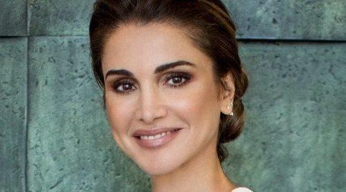 El espectacular y elegante posado de Rania de Jordania con motivo de su 50 cumpleaños
