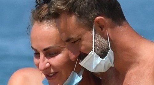 Ana Milán, pura complicidad en la costa gaditana junto a su novio Luis