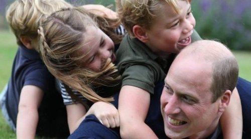 Así fue el reencuentro del Príncipe Guillermo y Kate Middleton y sus hijos con la Reina Isabel y el Duque de Edimburgo