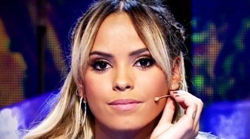 Gloria Camila, cazada llorando en un bar junto a su novio: no puede ver a su hermano por el coronavirus