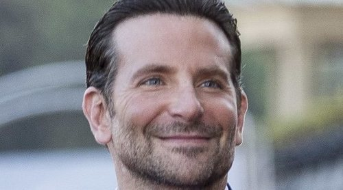 Bradley Cooper vivió semanas de pánico preocupado por la salud de su madre frente al coronavirus
