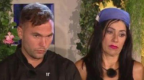 Maite Galdeano se cuela en una llamada de Cristian Suescun a 'Sálvame': '¡Me está dando con la zapatilla!'