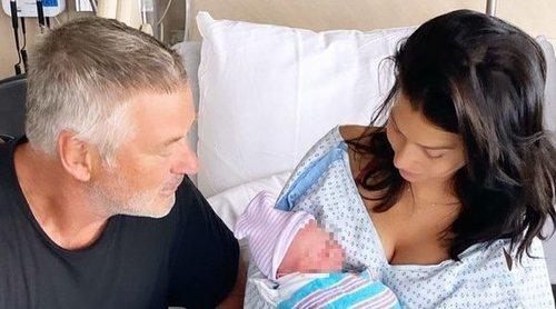 Alec Baldwin e Hilaria Thomas anuncian el nacimiento de su quinto hijo en común