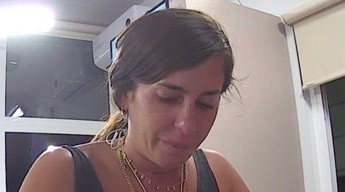 Anabel Pantoja se emociona con la visita de sus compañeros de 'Sálvame' y les pide comida