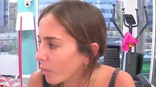 'Sola': Así ha tratado Anabel Pantoja de comunicarse con el Rey Juan Carlos llamando a su hotel de Abu Dabi