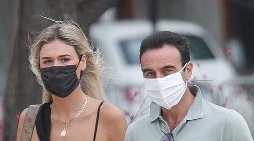 Ana Soria vuelve al tendido para apoyar a Enrique Ponce en Nimes