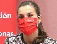 El gesto de la Reina Letizia en su reunión de trabajo con Cruz Roja Española