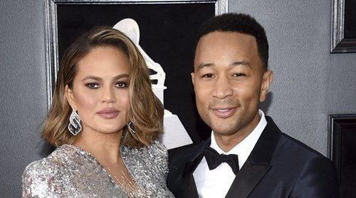 La emocionante actuación de John Legend en los Billboard 2020 dedicándole a Chrissy Teigen 'Never break'