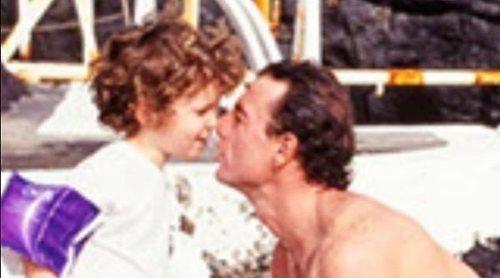 La tierna foto con la que Alessandro Lequio ha recordado sus vacaciones de verano junto a un pequeño Álex