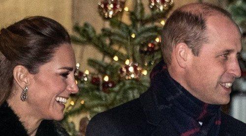La emotiva despedida del Príncipe Guillermo a la Reina Isabel, las dudas navideñas y un viaje polémico pero exitoso