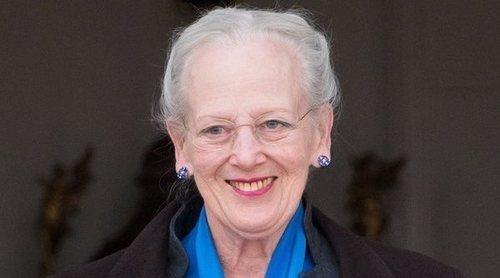 La Reina Margarita de Dinamarca, primer miembro de la realeza en vacunarse