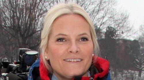 La Princesa Mette-Marit de Noruega sufre un accidente de esquí