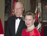 """El posado de Harald y Sonia de Noruega por sus 30 años de reinado: """"Gracias por acompañarnos en este viaje"""""""