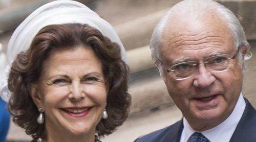 La vacunación de Carlos Gustavo y Silvia de Suecia contra el coronavirus revela el viaje que realizaron los Reyes