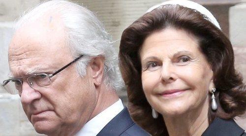 Carlos Gustavo y Silvia de Suecia rompen su aislamiento antes de recibir la segunda dosis de la vacuna