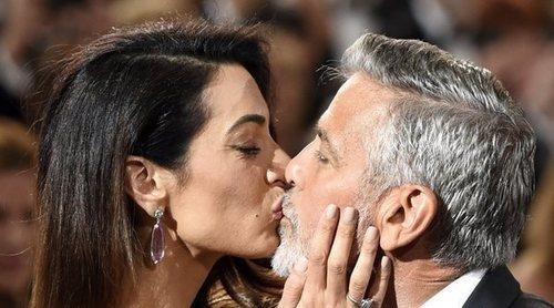 George Clooney escribió cartas de amor a su mujer Amal durante el confinamiento aunque viven en la misma casa